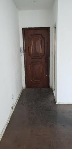 Apartamento no bairro Irajá, 2 quartos - Foto 9