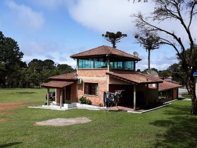 Chácara de cinema/piscina/825m2/área construída/600m/BR 376/ 35km de/SJP/R$1.335.000, - Foto 2