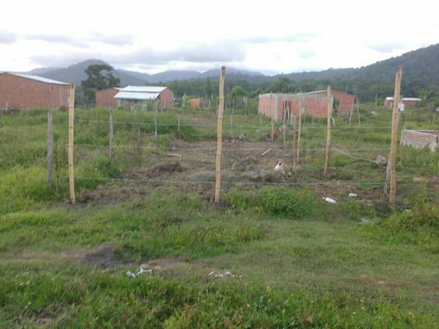Terreno ( Fundo da creche em construção , com quatorze topo de laje feitas) - Foto 5