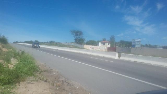 Vitória de Sto Antão=Vend. 155 mil terreno com 3.2 Hect. na BR-232 = Beira da Pista - Foto 9
