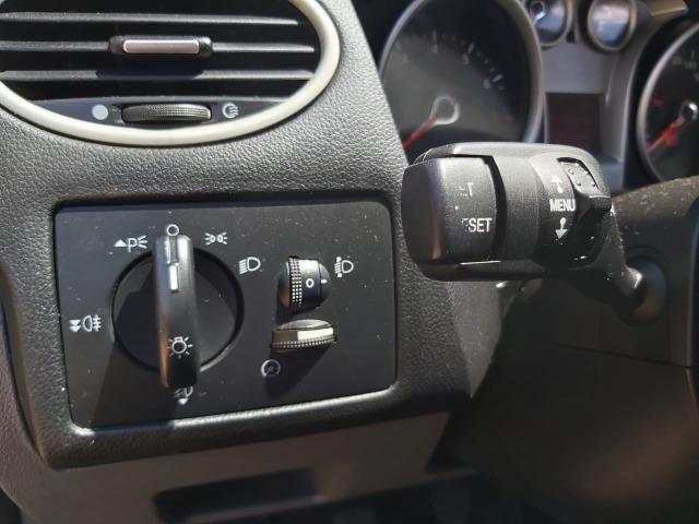 Ford Focus 1.6 hatch manual abaixo da FIPE - Foto 6