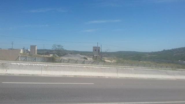 Vitória de Sto Antão=Vend. 155 mil terreno com 3.2 Hect. na BR-232 = Beira da Pista - Foto 11