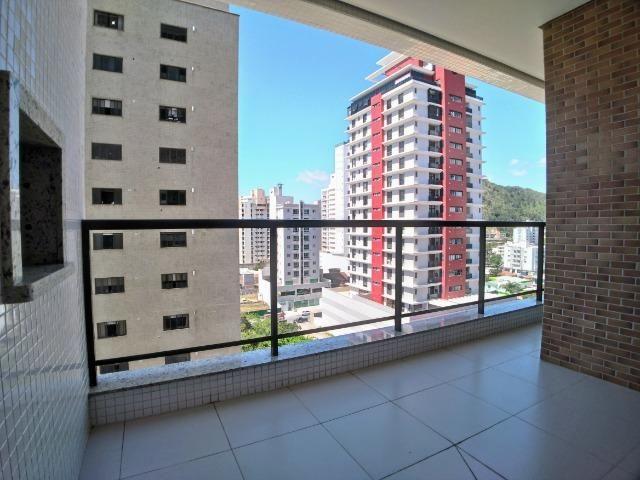 Apartamento no Centro em Itajaí. 3 Suítes, 147M², 2 Vagas de Garagem - Foto 3