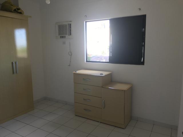 Apartaento 02 quartos, sala, varanda e 02 vagas de garagem. Nascente. Ed. Sunset Residece - Foto 8