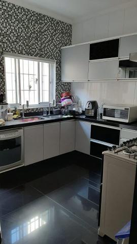 Belíssima casa, 3 quartos, 3 vagas, espaço gourmet - Foto 8