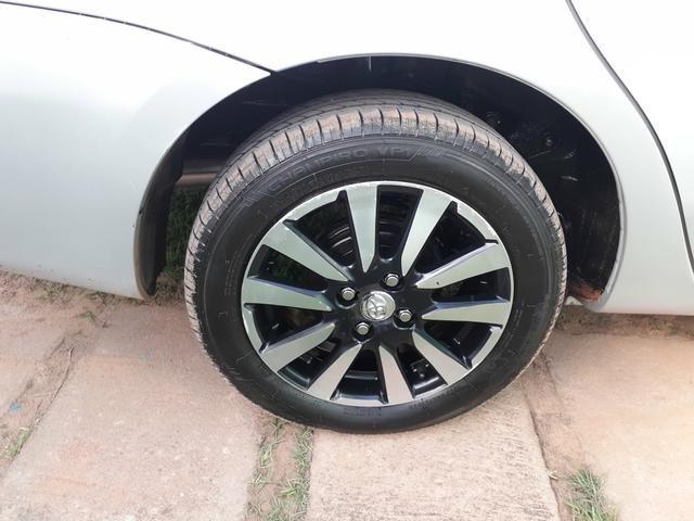 Toyota Etios Sedan Platinum 1.5 manual Ipva 2020 - Foto 3