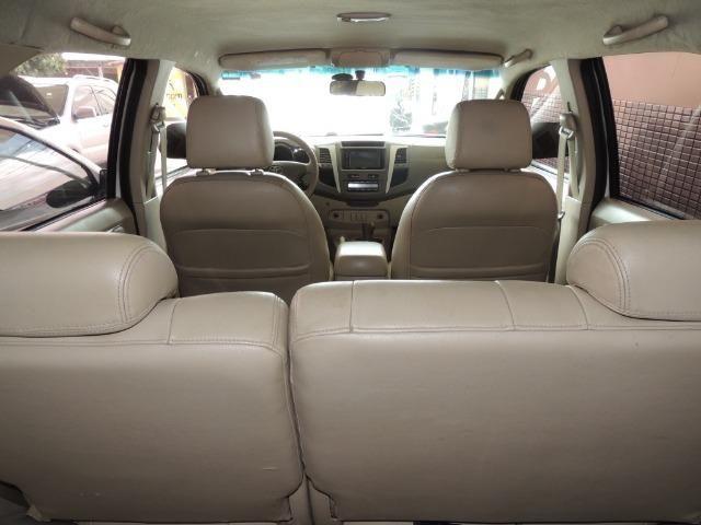 Toyota Hilux SW4 SRV 3.0 4x4 Diesel 5 Lugares - Foto 9