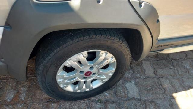 FIAT PALIO 1.8 MPI ADVENTURE LOCKER WEEKEND 16V FLEX 4P AUTOMATIZADO - Foto 2