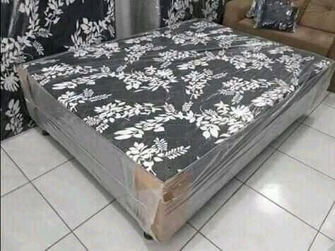 Cama box casal $300,00 avista