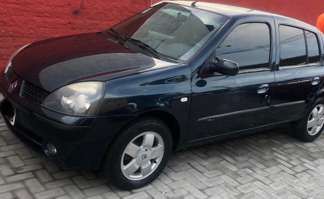 CLIO 1.6 Flex Sedan Previlége 05 Completo inteiro 20 Pg.R$13.900, - Foto 3