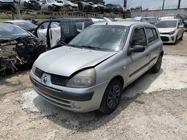 Renault Clio 1.0 2011 Sucata para retirada de peças - Foto 2