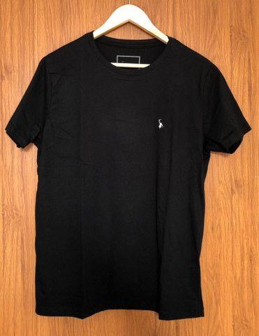 4 camisetas básicas - Foto 3