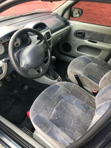 CLIO 1.6 Flex Sedan Previlége 05 Completo inteiro 20 Pg.R$13.900, - Foto 4