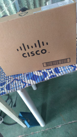Cisco CP-8851 na caixa novo nunca usado aceito oferta