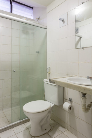 Flat 305 tipo studio, hospeda 03 pessoas, sendo uma cama de casal mais 01 cama de solteiro - Foto 13