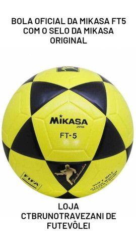 Bola Original Mikasa para Futevôlei e altinha com o Selo da Mikasa Oficial. - Foto 2
