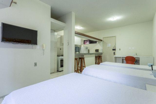 Flat 305 tipo studio, hospeda 03 pessoas, sendo uma cama de casal mais 01 cama de solteiro - Foto 7