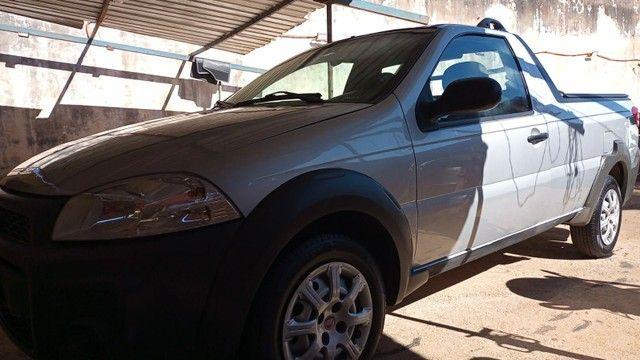 Fiat strada 2018 com ar condicionado e direção hidráulica