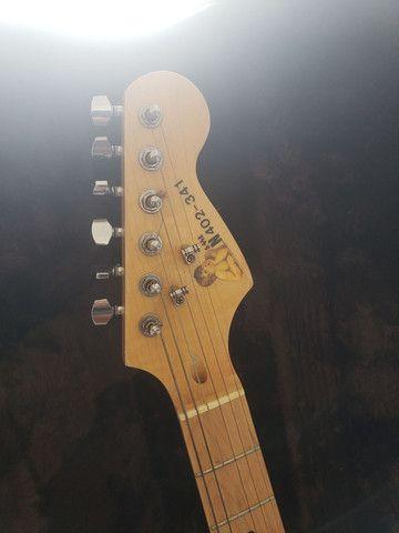 Guitarra  e amplificador fender - Foto 4