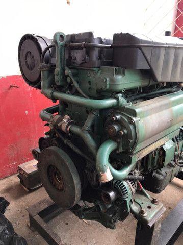 Motor marítimo Volvo 750 hp - Foto 3
