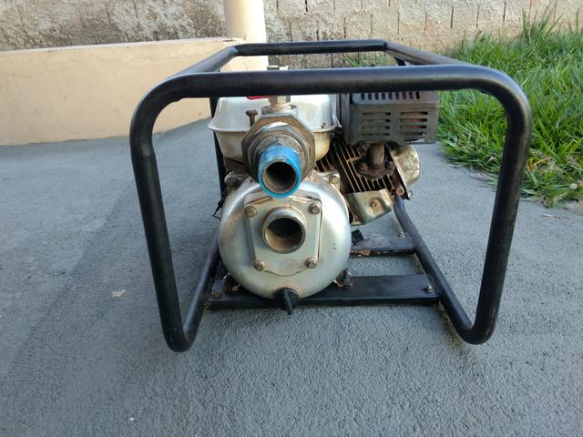 Vendo Motor Bomba 5.5 Branco