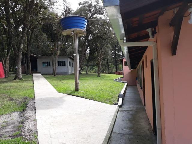 Chácara de cinema/piscina/825m2/área construída/600m/BR 376/ 35km de/SJP/R$1.335.000, - Foto 11