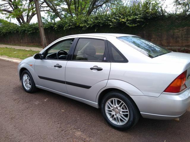 Focus sedan guia 2001 - Foto 14