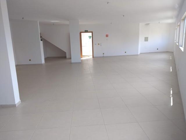 Sala comercial 1ª Locação, 180 M², Opção loja térrea, banheiros, Centro