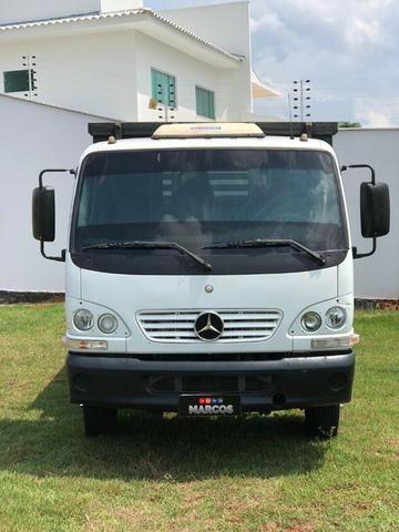Mercedes Bens 715 carroceria - Foto 4