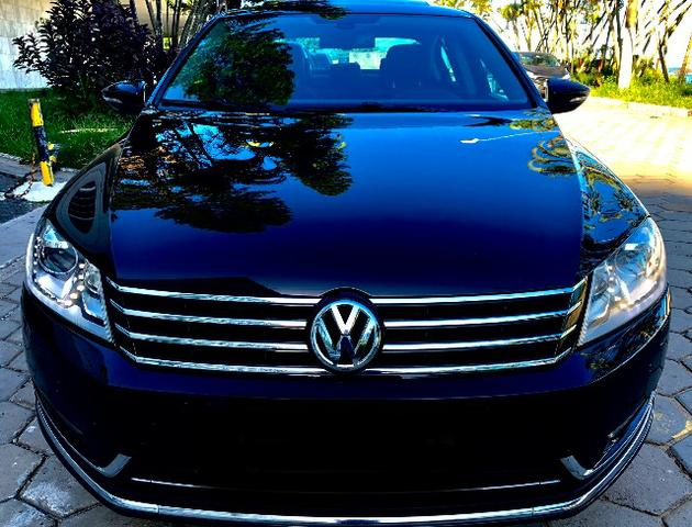 VW Passat TSI *Impecável*Pacote Premium opcionais
