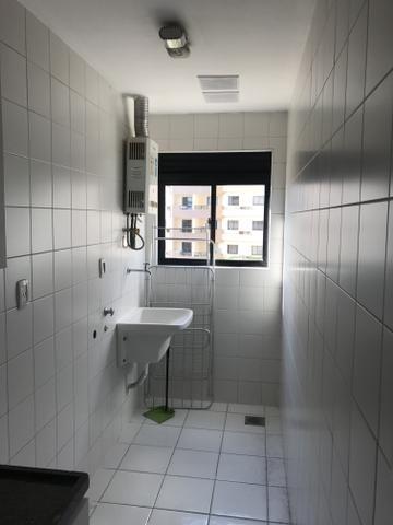 Apartaento 02 quartos, sala, varanda e 02 vagas de garagem. Nascente. Ed. Sunset Residece - Foto 13