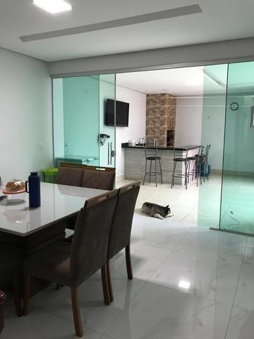 Lindissima! 3 Suítes, piscina e churrasqueira na melhor rua da Vicente Pires! - Foto 10