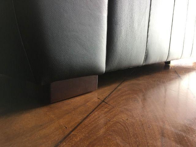 Sofá 3 lugares em couro legítimo reclinável e retrátil ...