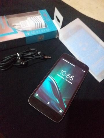 Motorola G play semi novo. Leia o anúncio ok