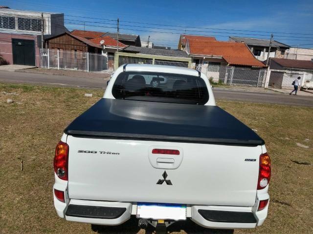 Mitsubishi L200 Triton HPE 3.2 top de linha 4x4 turbo - Foto 5