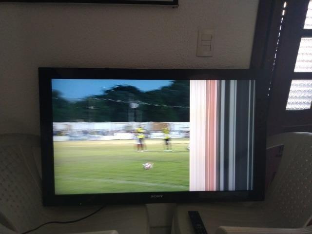 TV Sony 40 polegadas com pequeno defeito