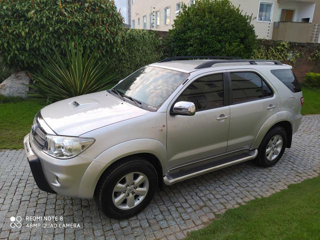 Hilux sw4 7 lugares 2010