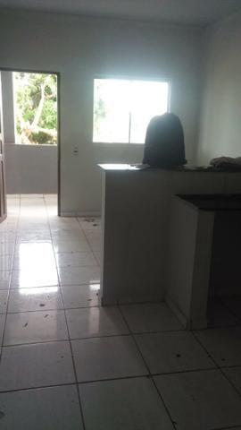 Aluga-se bom apartamento de 2 quartos, garagem, R$600,00, no belo horizonte - Foto 7