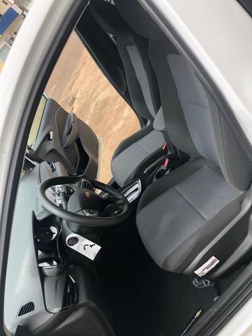 Chevrolet - Onix Turbo - 2020 - Foto 8
