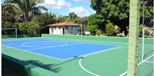 Aluguel quadra com piscina/churrasq