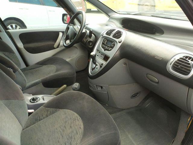 Citroën Xsara Picasso 2.0 Exclusive 2005<br>Automática - Foto 14