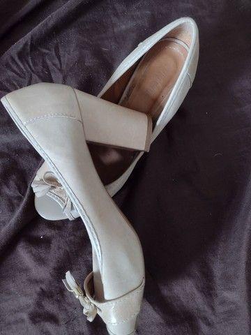 Roupas sapatos e bolsa - Foto 5