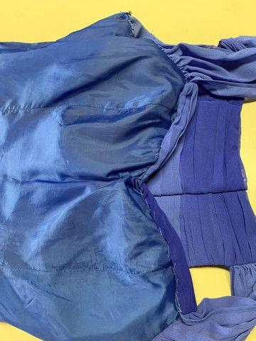 Vestido festa longo crepe azul tamanho 40 - Foto 4