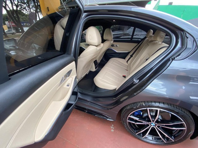BMW 330i M Sport - 2020 - Foto 11