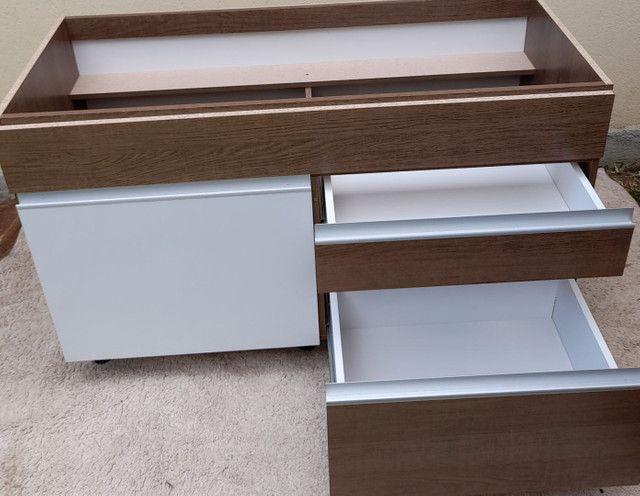 Balcão Novo de pia com 02 gavetas e 01porta cor branca e rustico - Foto 4