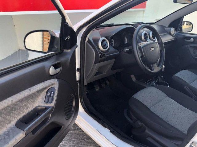 FORD - Fiesta Hatch 1.0 Class - Foto 7