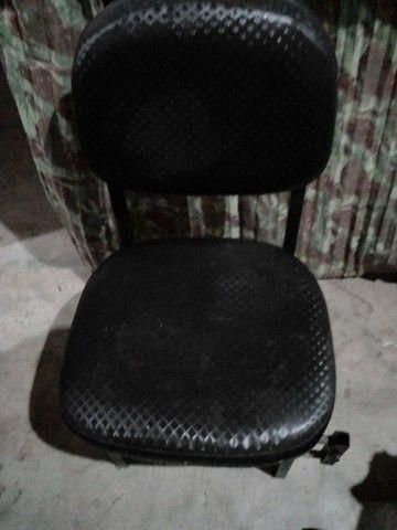 Vendo essa cadeira de manicure  - Foto 2