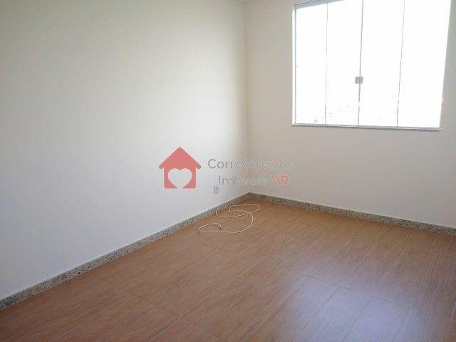 Apartamento amplo, 3 dormitórios sendo 1 suíte a Venda! - Foto 14