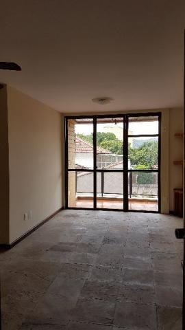 Aptº. 2 quartos - Lins - Rua Lins de Vasconcelos, 449 (próximo Carolina Santos)