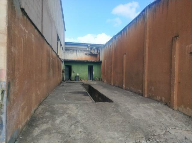 Área de 3100 m² com escritório e galpão - Foto 3
